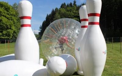 Bowling humain géant